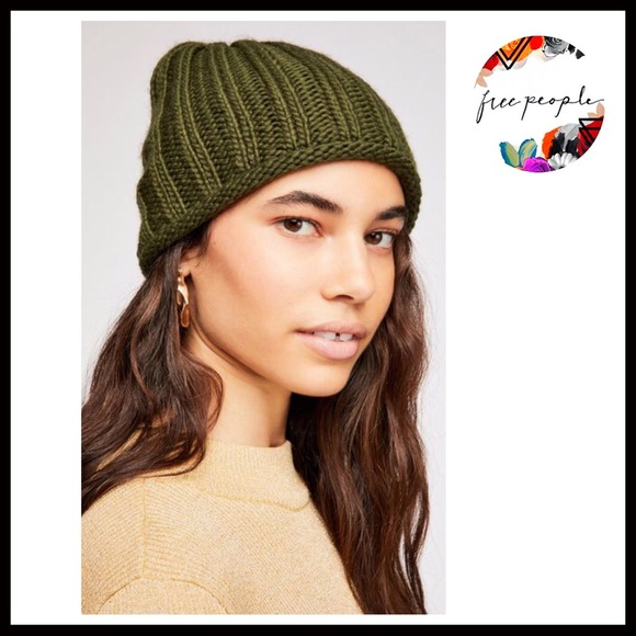 FREE PEOPLE SLOUCHY CHUNKY RIBBED KNIT BEANIE HAT 6bf13605a11